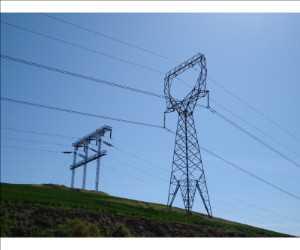 Torre de transmisión de energía de alto voltaje